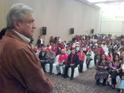 El Lic. Andrés Manuel López Obrador en la ciudad de Durango, Durango ayer martes 2